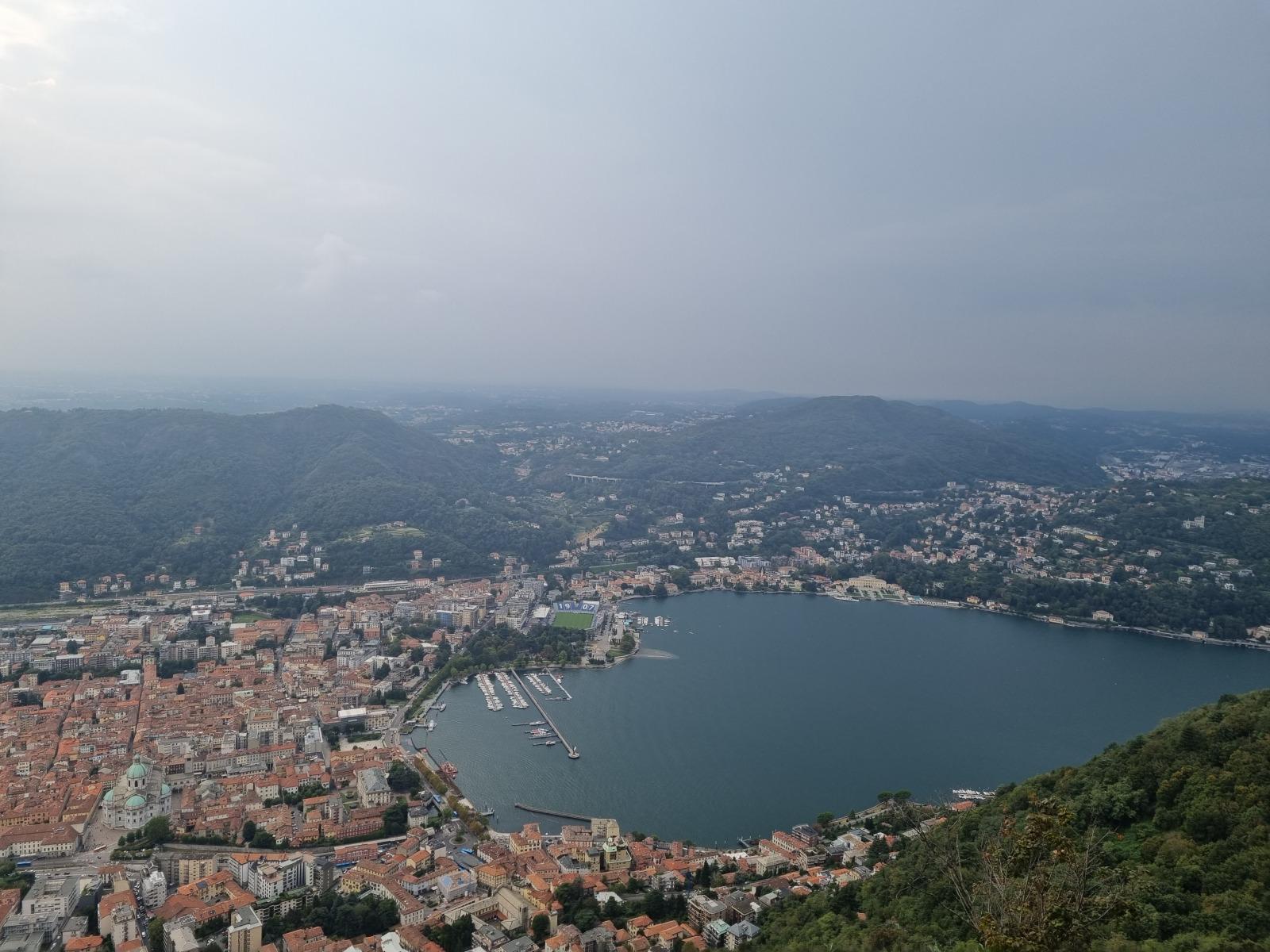 Brunate, Lago di Como