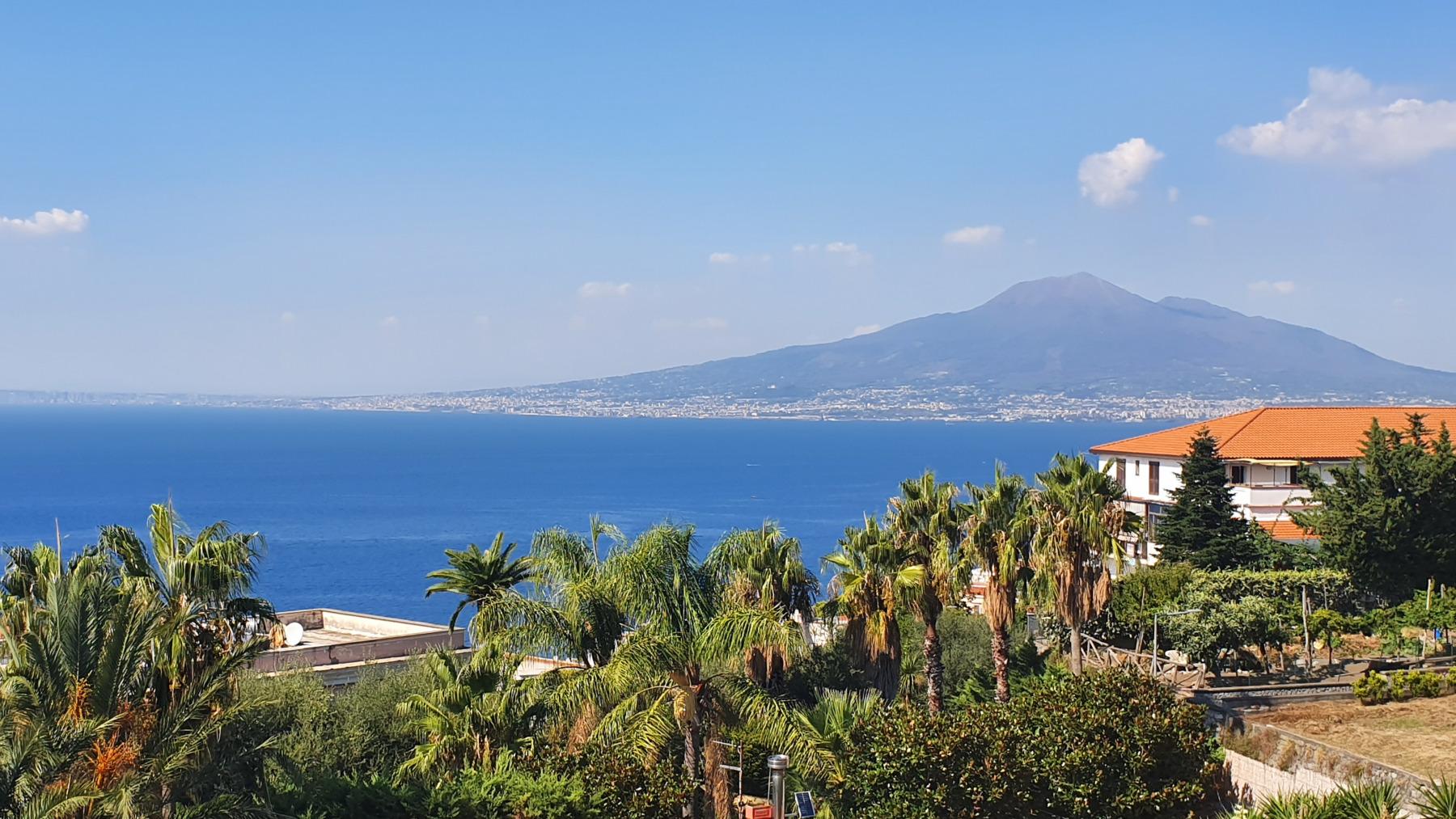 Vico Equense, uitzicht op de Vesuvius